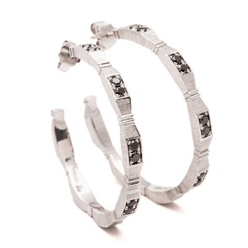 maria-wulff-smykker-divine-creoler-soelv-sorte-diamanter
