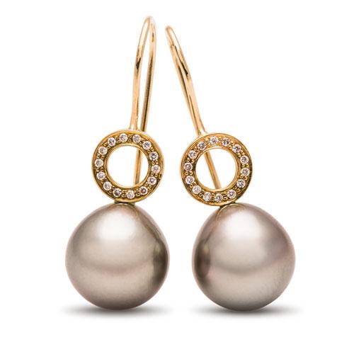 maria-wulff-smykker-oereringe-perler-guld-cirkel-tahiti